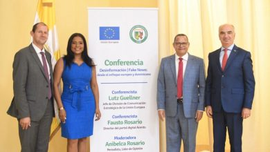 Photo of Unión Europea y Universidad Católica Santo Domingo disertan sobre la desinformación y noticias falsas