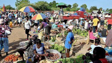 Photo of Mercado fronterizo se desarrolla normal, mientras sigue la repatriación de haitianos indocumentados