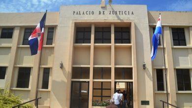 Photo of Se entrega profesor acusado de agresión sexual a menor y pedirán prisión contra padre de víctima
