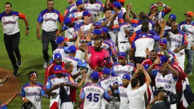 Photo of Los Toros remontan en el octavo ante Santurce y Dominicana va a la final