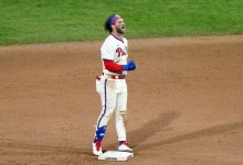 Photo of Harper, Filis barren a Toronto en doble tanda