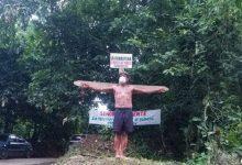 Photo of Hombre se crucifica en demanda de carretera en Yamasá