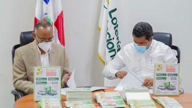 Photo of Lotería Nacional y OPRET firman convenio de cooperación