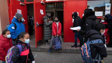 Photo of Escuelas primarias reabren en Nueva York, pero los restaurantes podrían volver a cerrar