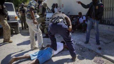 Photo of Al menos siete muertos en una fuga de presos en Haití